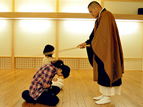 寺の修行として座禅の体験をご希望の方へ